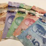 【全部見たことある??】カナダのお金は、とってもカラフル!