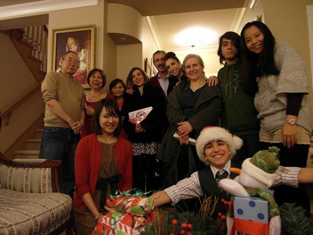ホームステイ先のクリスマスパーティー