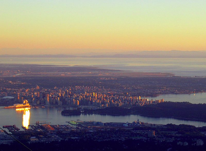 800px-Vancouver_from_Grouse_mountain.jpg